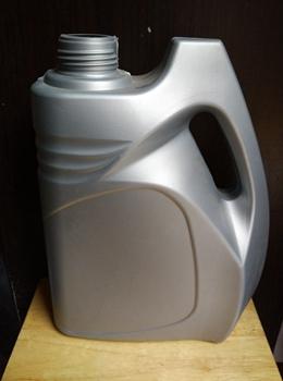 油桶瓶子怎么按压盖子