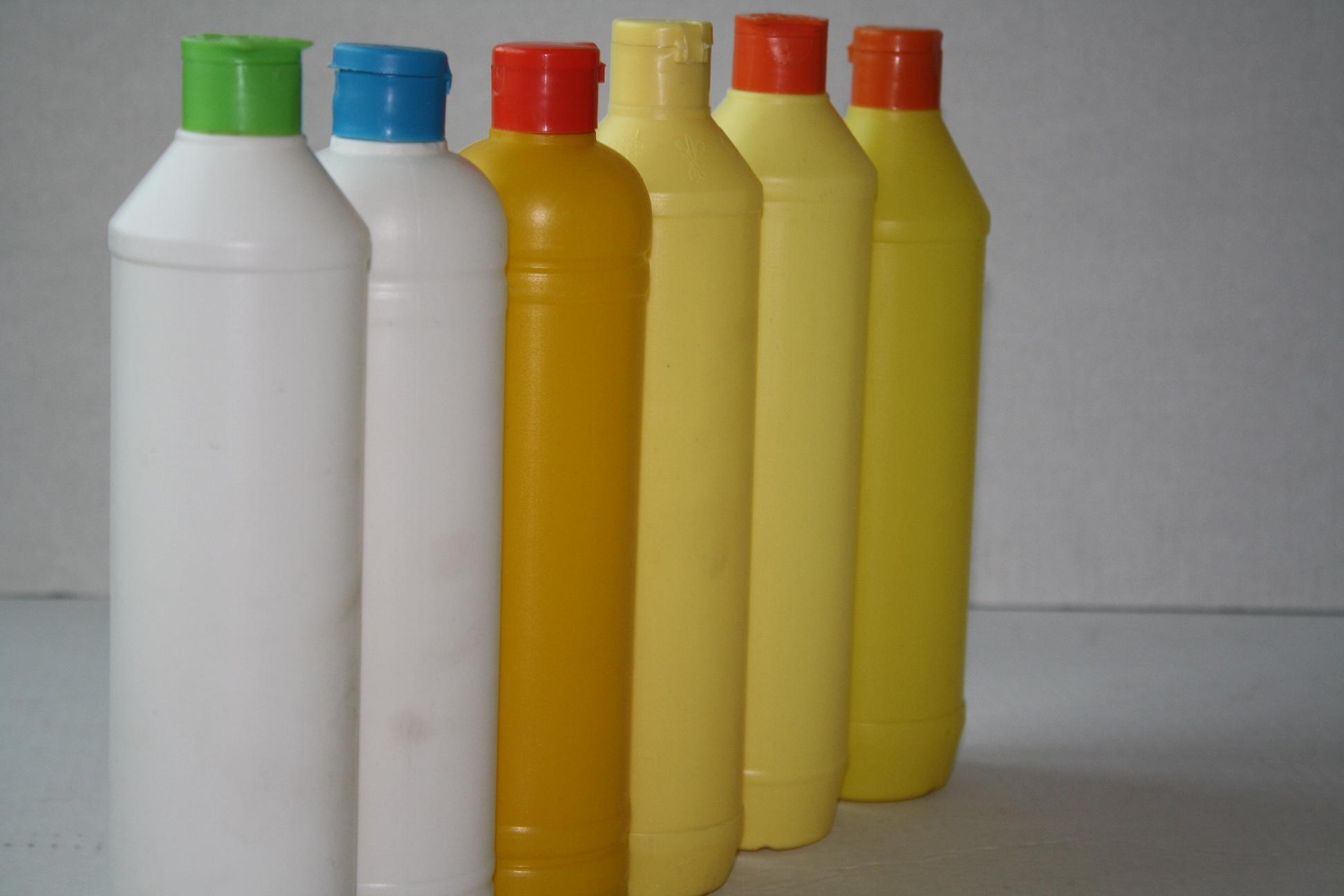 东莞市三德塑胶制品有限公司         供应pet瓶,优质矿泉水瓶图片